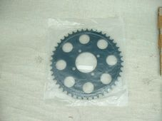 37-7072, W7072,  Sprocket, 45 tooth, Triumph T140